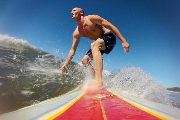 GoPro-surfing-longboard-600x400