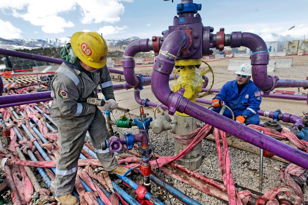 fracking-broomfield_73213_990x742